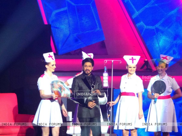 Shahrukh Khan at 14th IIFA awards at Macau
