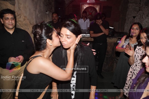 Shefali Shah and Vaishali Thakkar at surprise birthday bash for Vaishali Thakkar