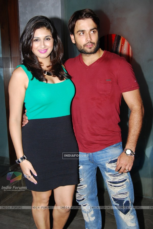 Vahbbiz Dorabjee Dsena and Vivian Dsena at Producer Rajan Shahi's Bash