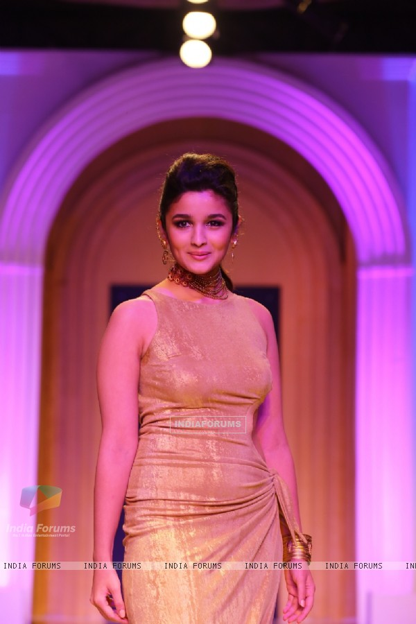 Alia Bhatt at The AZVA show