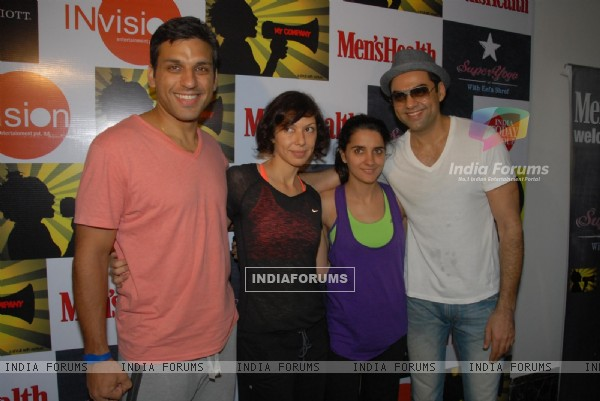 Pavithanan Nambiar, Eefa Shroff, Shruti Seth and Abhay Deol at Gurudakshina event