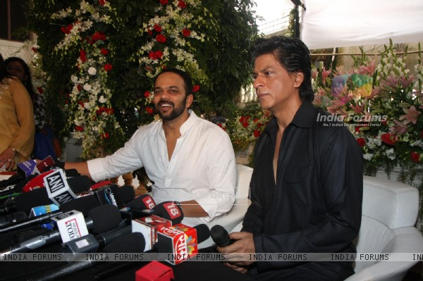 Shahrukh Khan with Rohit Shetty celebrating Eid Al-Fitr