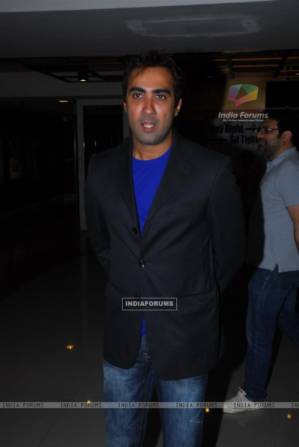 Ranvir Shorey made a rare apprearence at the Special screening of Tamil film Maryan in Mumbai