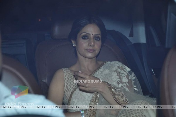 Sridevi arrives at Shahrukh Khan's Grand Eid Party at Mannat