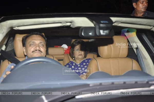 Best friends Mom-Hiroo Johar was at Shahrukh Khan's Grand Eid Party