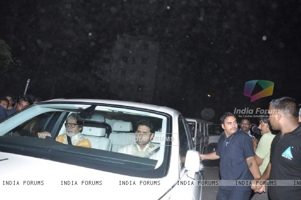 Big B and Baby B were at Shahrukh Khan's Grand Eid Party