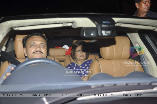 Hiroo Johar arrives at Shahrukh Khan's Grand Eid Party at Mannat