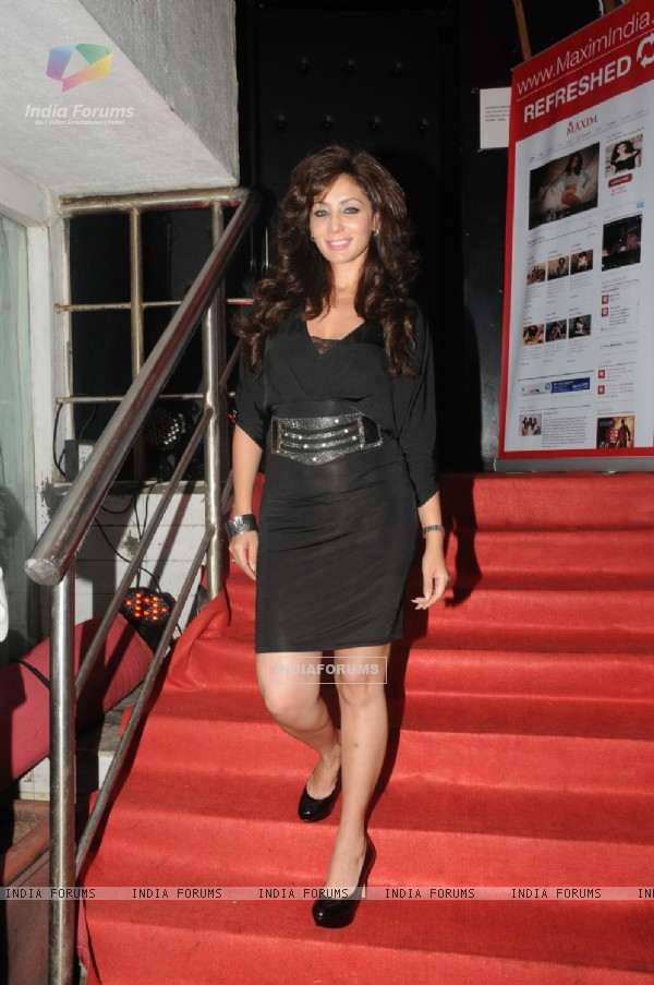 Shilpi Sharma was seen in a all black look at the Maxim special issue launch