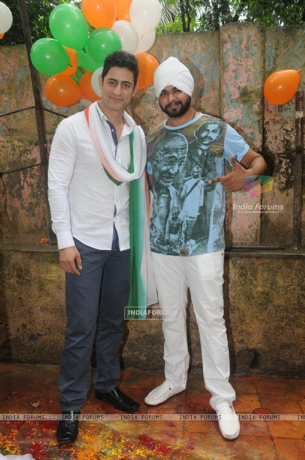 Mohit Raina had the tri-color all around him