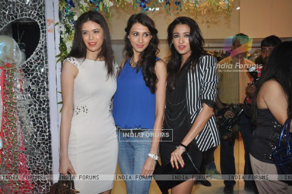 Some known people of the fashion industry at LASHA store launch