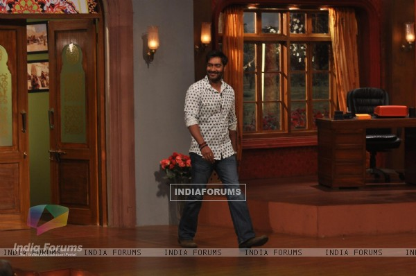 Satyagraha's  Promotion on Comedy Nights with Kapil