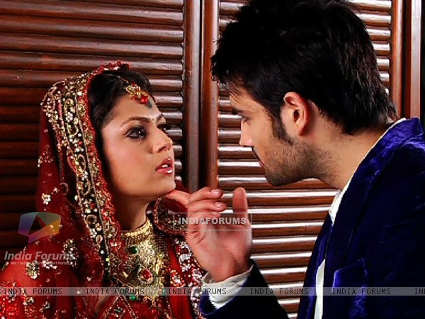 Drashti Dhami and Vivan Dsena from Madhubala