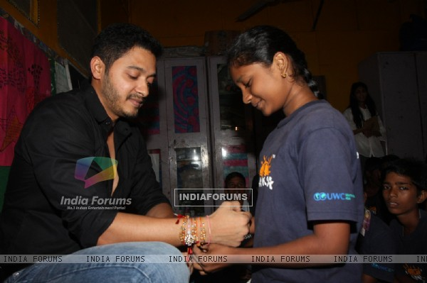 Shreyas Talpade Celebrates 'Raksha Bandhan' with Akanksha NGO girls