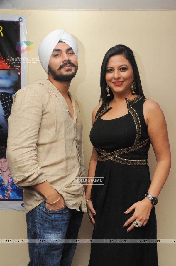 Gurpreet Kaur Chadha with Gurdeep Mehndi at the birthday party