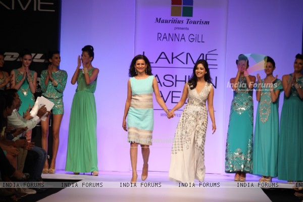 Yami Gaurtam with Ranna Gill outfit at LAKME FASHION WEEK 2013