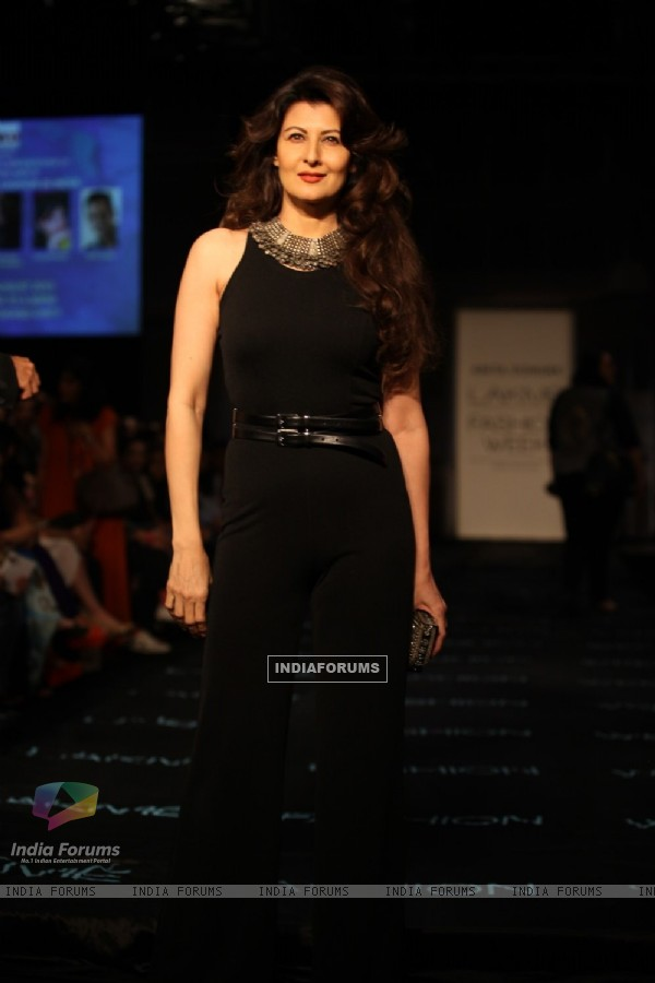 Sangeeta Bijlani at the LAKME FASHION WEEK 2013