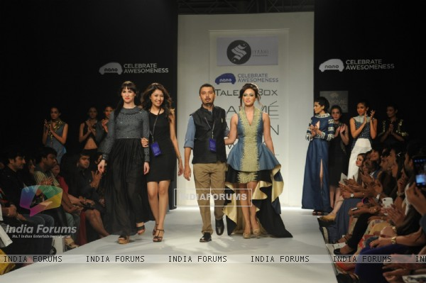 Sanaa Khan walks the ramp for Talent box at LAKME FASHION WEEK 2013