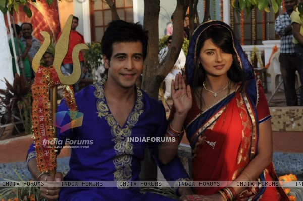 Kratika Sengar and Dishank Arora