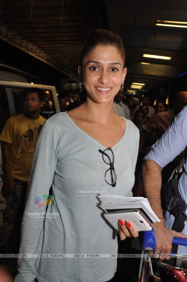 Shilpa Agnihotri was at Mumbai Airport leaving for SAIFTA