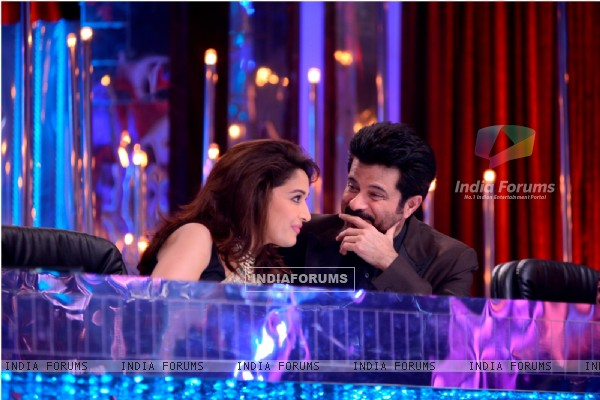 Anil Kapoor in a chat with Madhuri Dixit