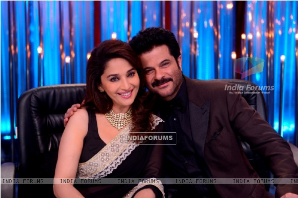 Anil Kapoor and Madhuri Dixit pose together on Jhalak Dikhla Jaa