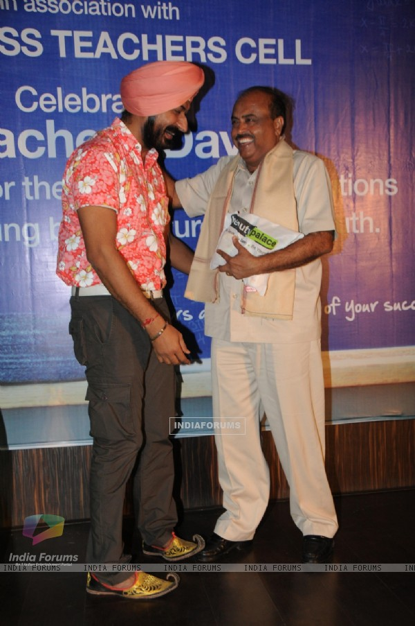 Gurucharan Singh with Mr. Prakash Sunavne from Bhavans College
