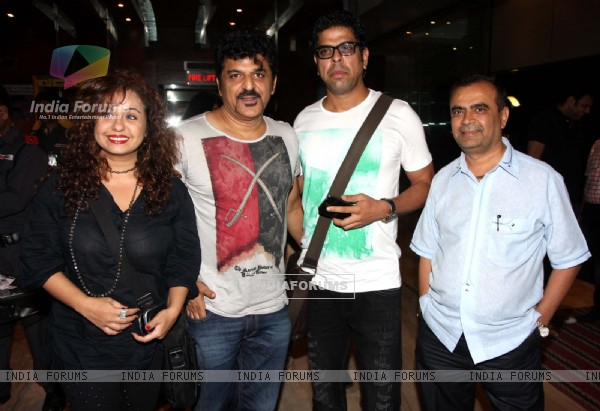 Vandana,Rajesh Khattar,Murli Sharma & Yogesh Lakhani at the Premier of Hollywood film Riddick