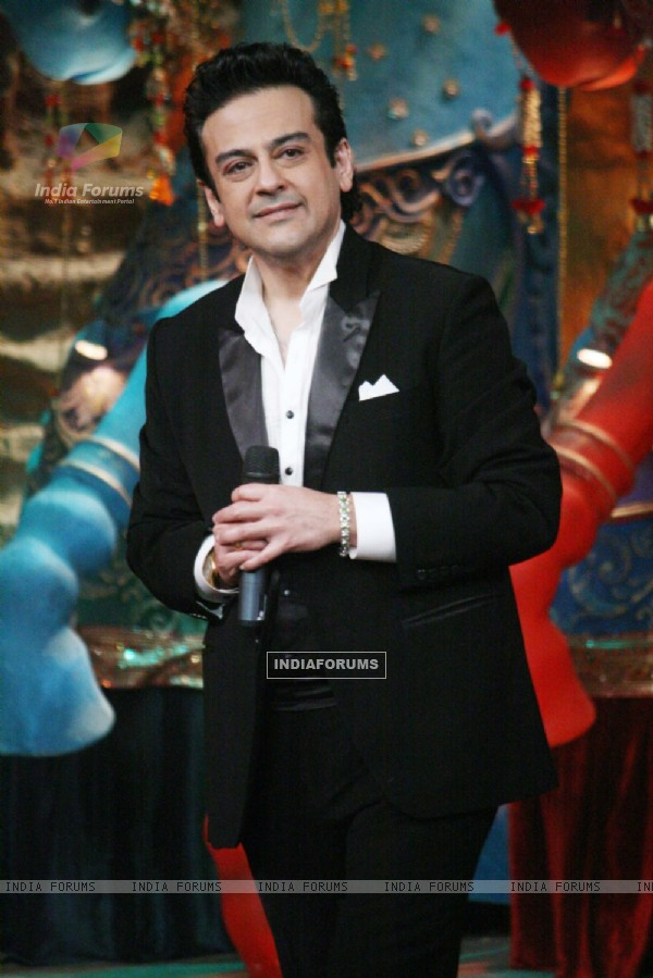 ADNAN SAMI PRMOTED HIS ALBUM PRESS PLAY ON THE SET OF COMEDY CIRCUS KE MAHABALI