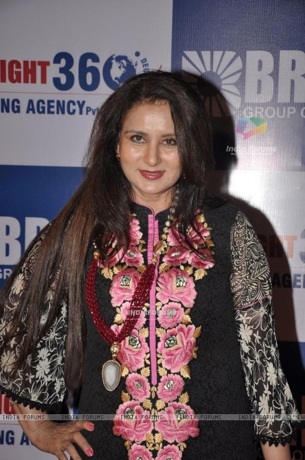 "Poonam Dhillon was seen at Yogesh Lakhani's ""Bright"" Birthday Party"