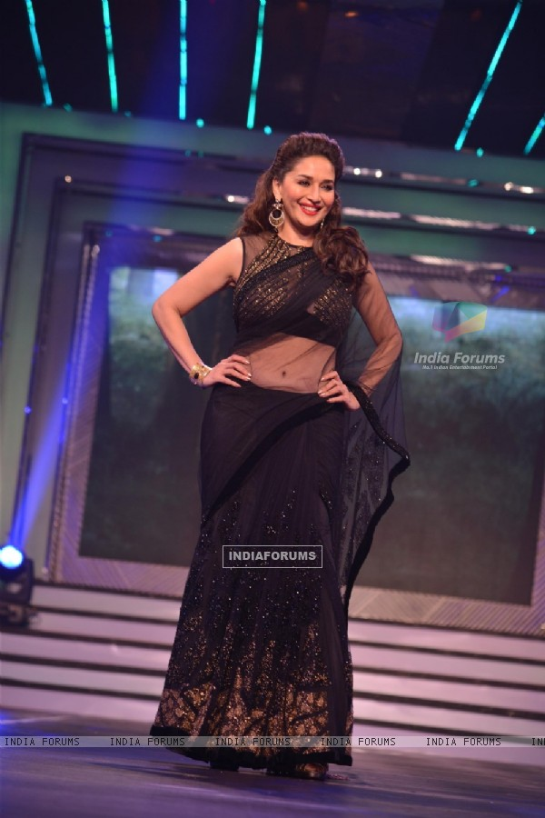 Madhuri Dixit pays tribute to Yash Chopra