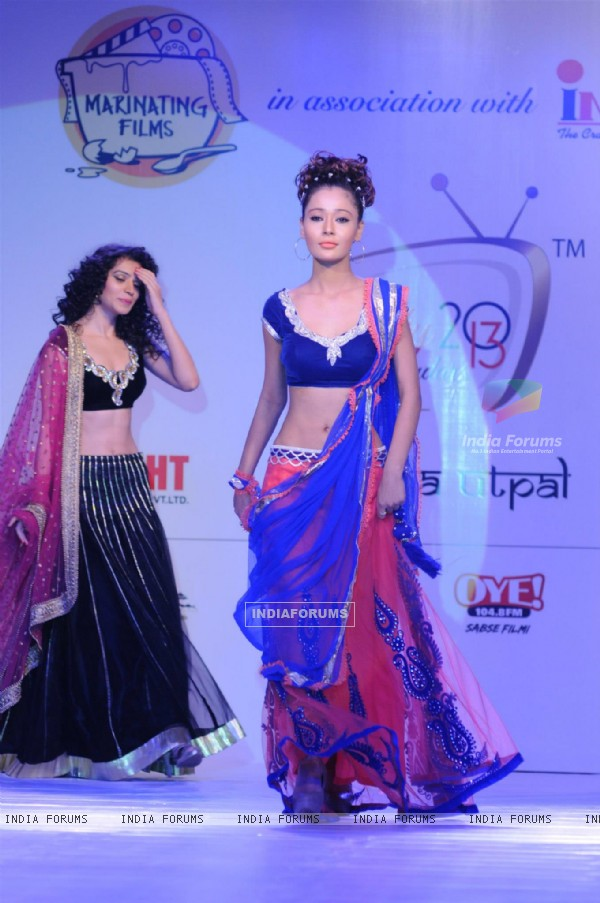 Sukirti Kandpal and Sara Khan