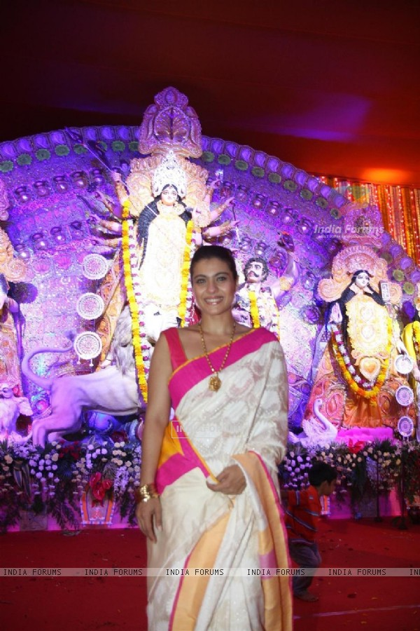 Kajol was seen at Bombay Sarbojanin Durga Puja