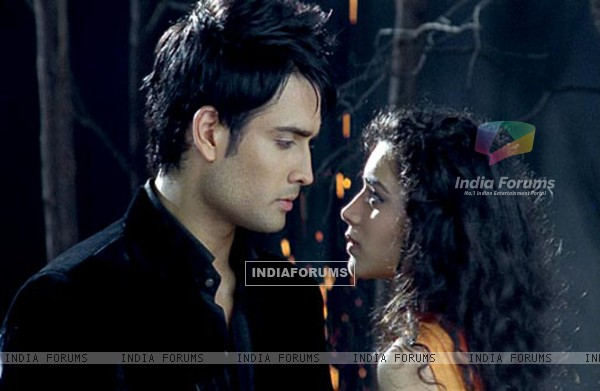 Sukirti Kandpal and Vivian Dsena