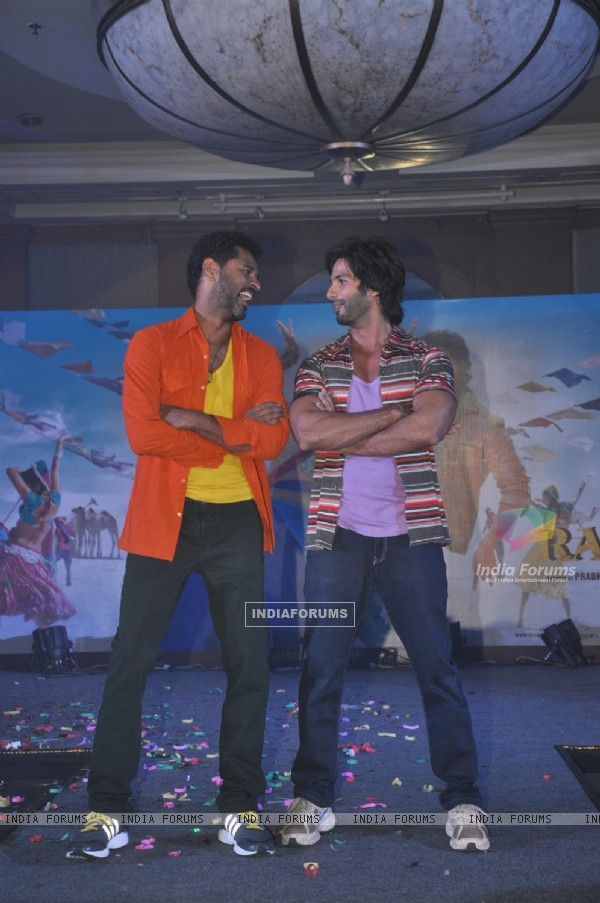 Shahid Kapoor, Sonakshi Sinha, Prabhu Deva and Pritam Chakraborty at R...Rajkumar - Music Launch