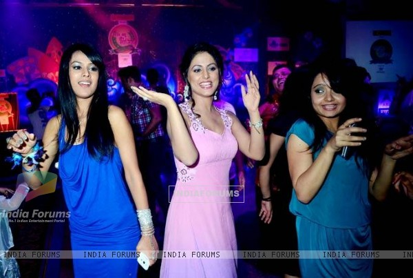 Gia Manek Hina Khan and Nia Sharma