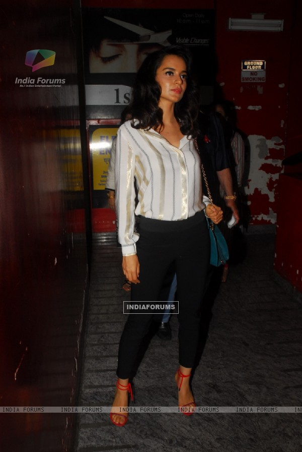 Kangana at the Special screening of Gori Tere Pyaar Mein
