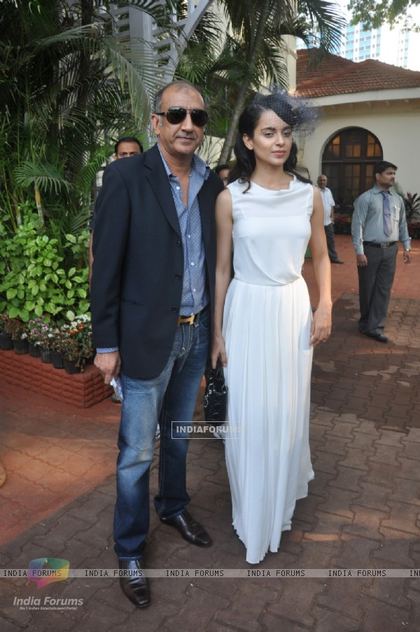 Milan Luthria and Kangana Ranaut at the Metro Motors Auto Hangar H M Mehta Trophy 2013