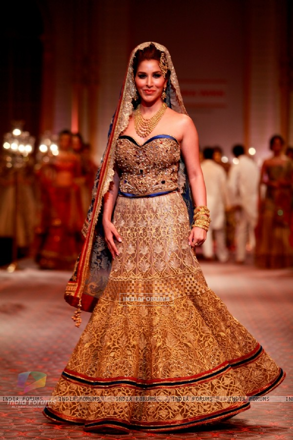 Sophie Chowdhary was seen at the Aamby Valley India Bridal Fashion Week - Day 5
