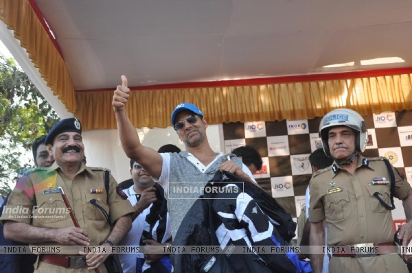 Akshay Kumar at the Ride for Safety rally