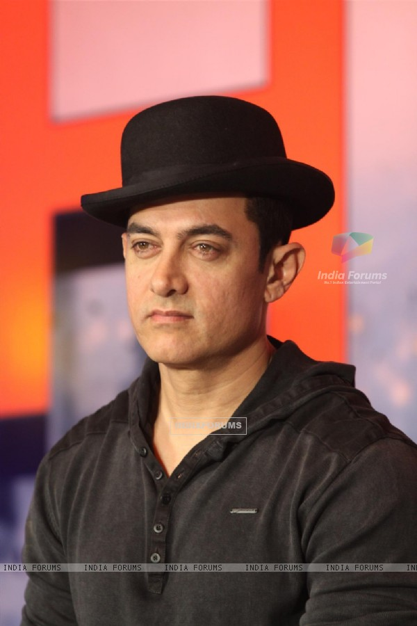 Aamir Khan at Dhoom 3 Press Conference