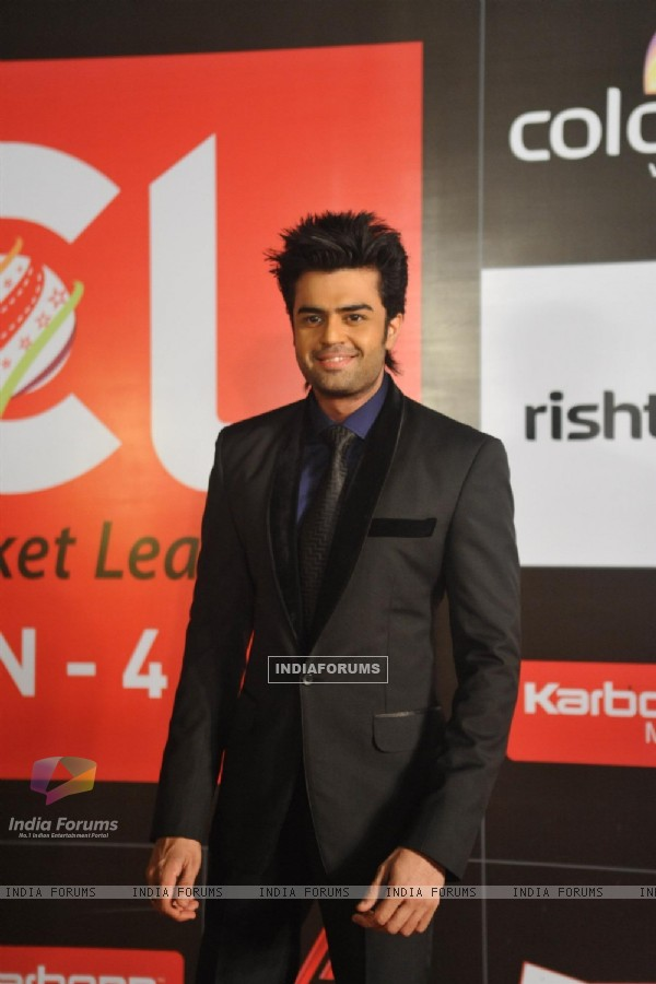 Manish Paul at the Celebrity Cricket League Season 4 Red Carpet