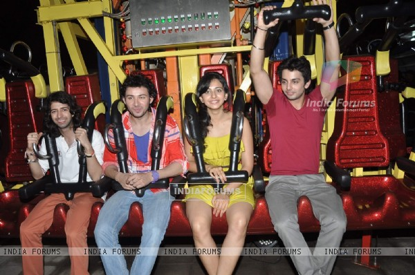 The Yaariyan team was at Esselworld