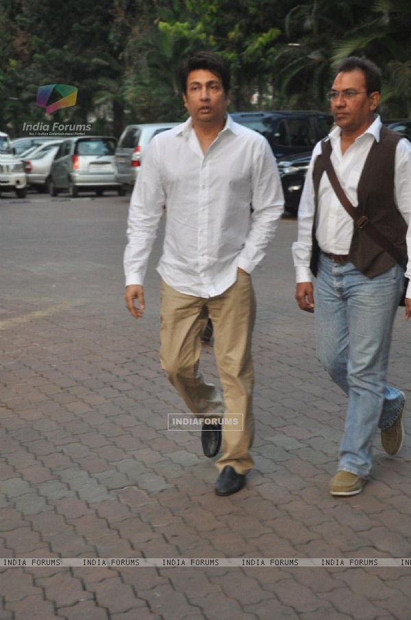 Shekhar Suman was seen at Farooq Shaikh's Condolence Meeting