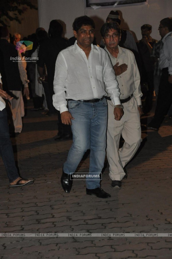 Johny Lever at Farooq Shaikh's Condolence Meeting
