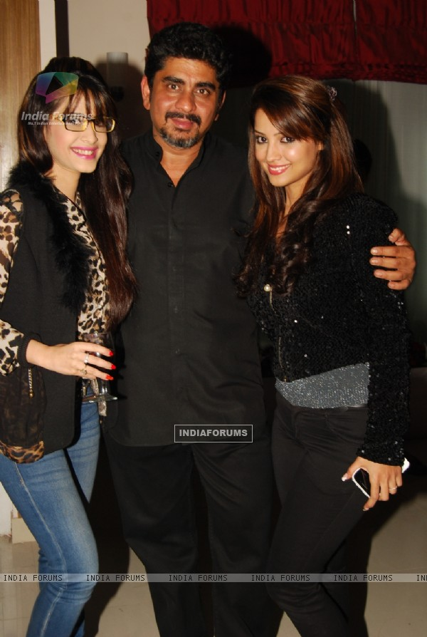 Dimple Jhangiani, Rajan Shahi and Adaa Khan at the get together for Aur Pyar Ho Gaya