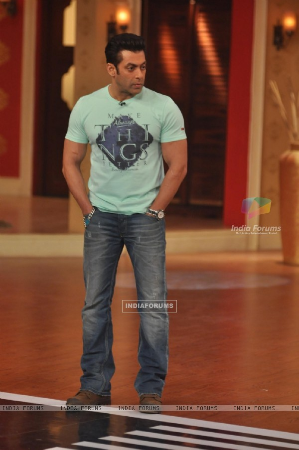 Jai Ho Promptions on Comedy Night With Kapil