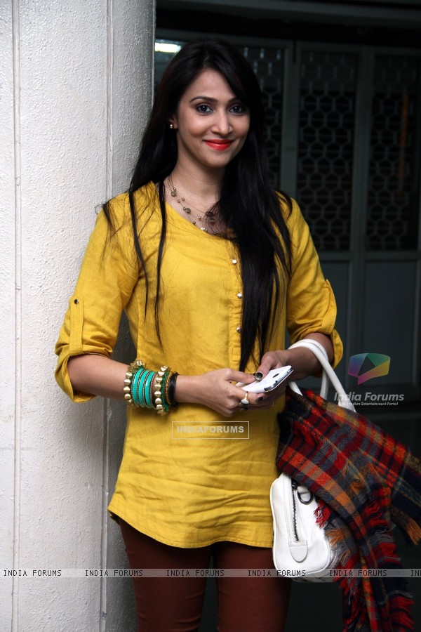 Rishina Kandhari was at the Premiere of the play 'Sakaram Binder'