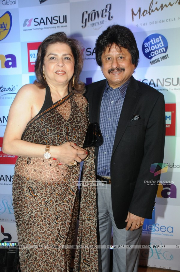Pankaj Udhas and his wife were seen at the Music Mania Event