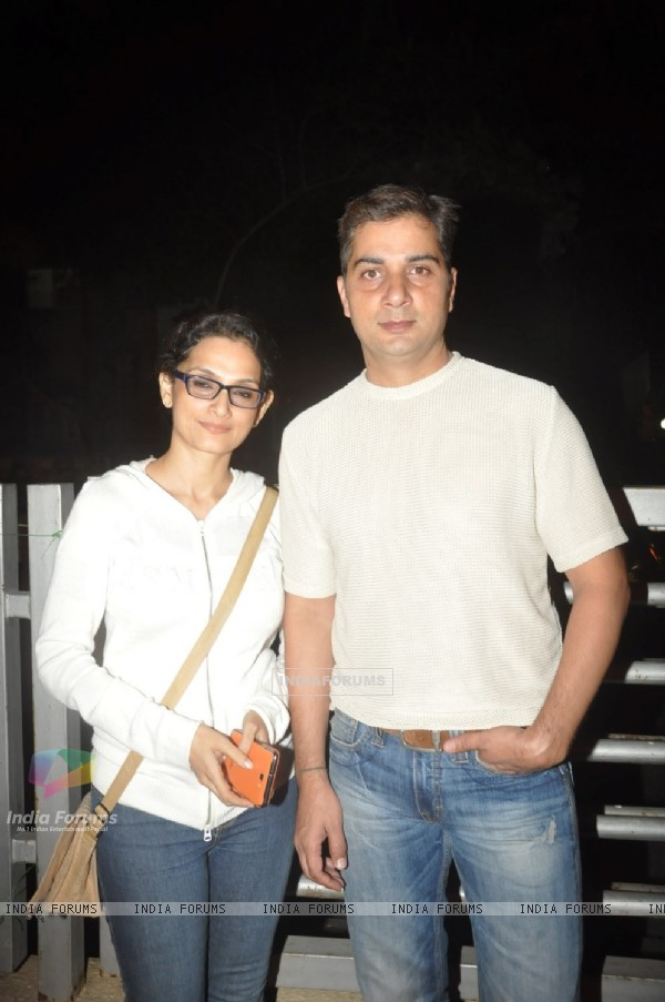 Varun Badola and Rajeshwari Sachdev watch SHOLAY 3D