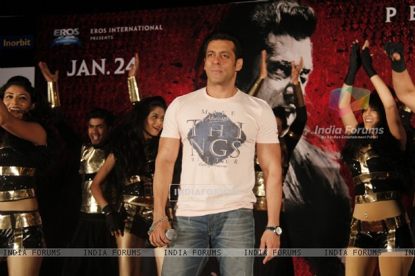 Salman Khan was at the Promotions of Jai Ho at Inorbit Mall